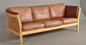 3 seat leather sofa.jpg